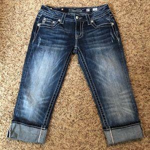 [Miss Me] Cuffed Capri Jeans